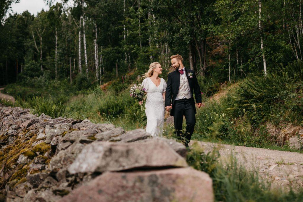 Blogg_Nina+Johannes,sørkedalen,hagebryllup,cowboytema,cowboybryllup,bryllup,sankthansaften,sankthansbryllup,bryllupstelt-46