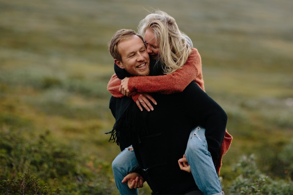 LUNDE FOTO_Valdres,Fjell,moutaintop,elopement,couple,shoot,norway,windy,norwegian,maountain-5