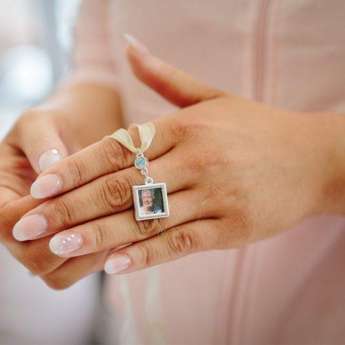 Lunde Foto, detaljer, bryllup, wedding, details, confetti, flowers, sign, wedding signs, decorations, wedding planning, bryllupsplanlegging-52