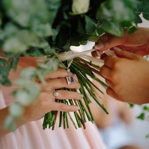 Lunde Foto, detaljer, bryllup, wedding, details, confetti, flowers, sign, wedding signs, decorations, wedding planning, bryllupsplanlegging-54